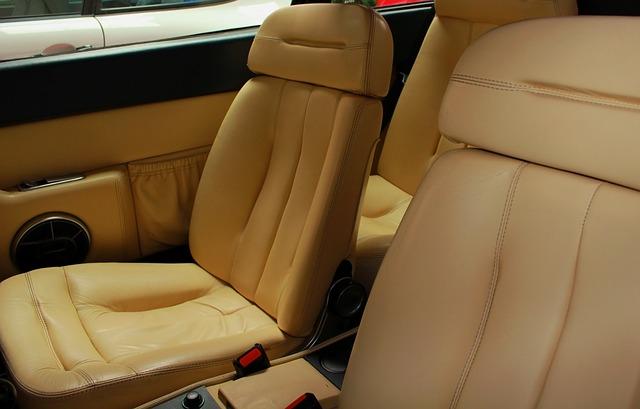 Czyste i schludne wnętrze auta