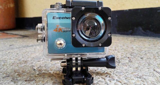 Profesjonalne kamery sportowe montowane na kaskach
